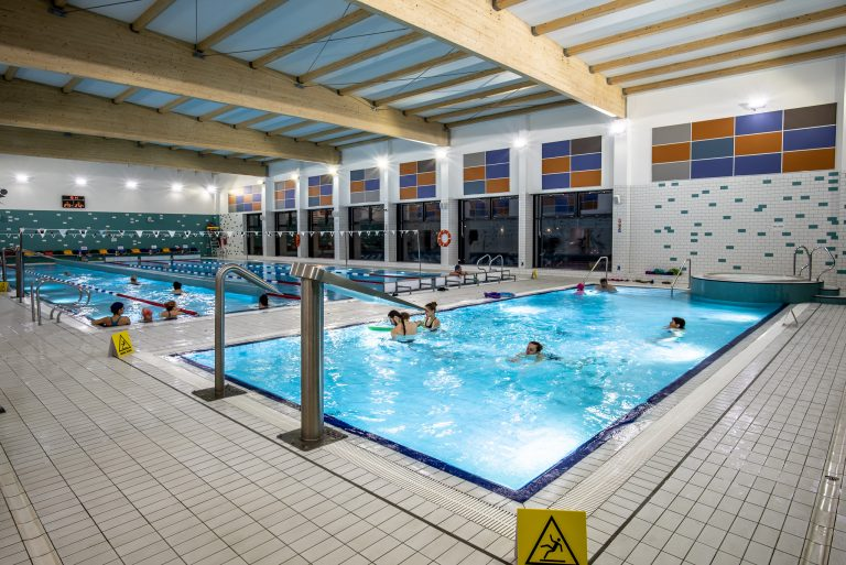 Harmonogram funkcjonowania pływalni miejskich w okresie letnim
