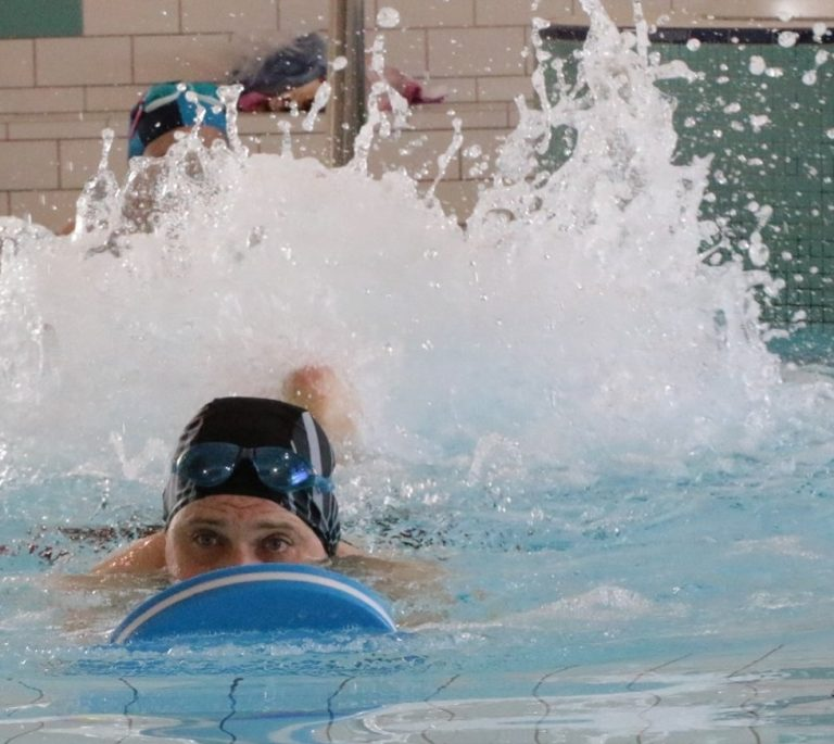 Integracyjne Zawody Pływackie AKCES SWIM